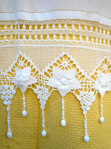 Handmade crochet curtain with atrante and lace