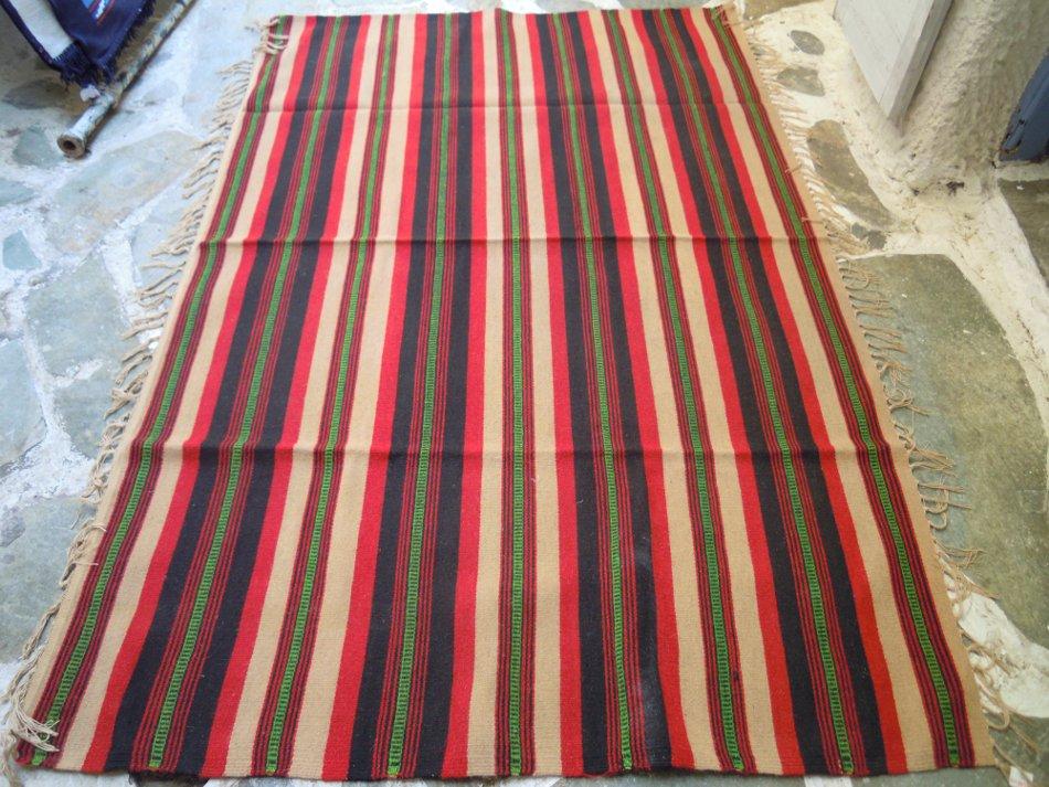 Vintage kilim in the loom