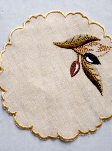 Coasters with olives embroidery
