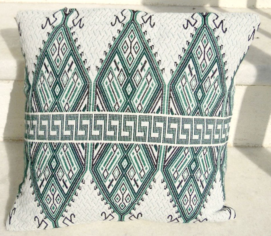 Woven traditional cushion cover
