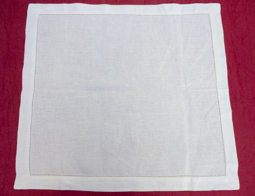 White linen placemat with azure