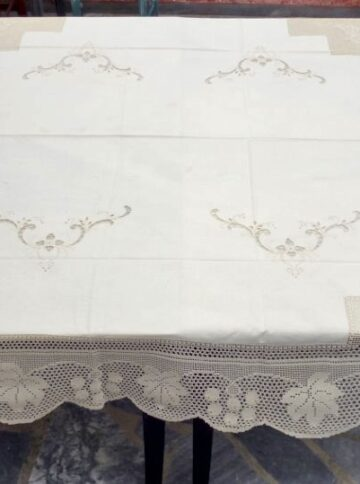 Cutwork handmade tablecloth