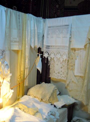 Machine made curtains